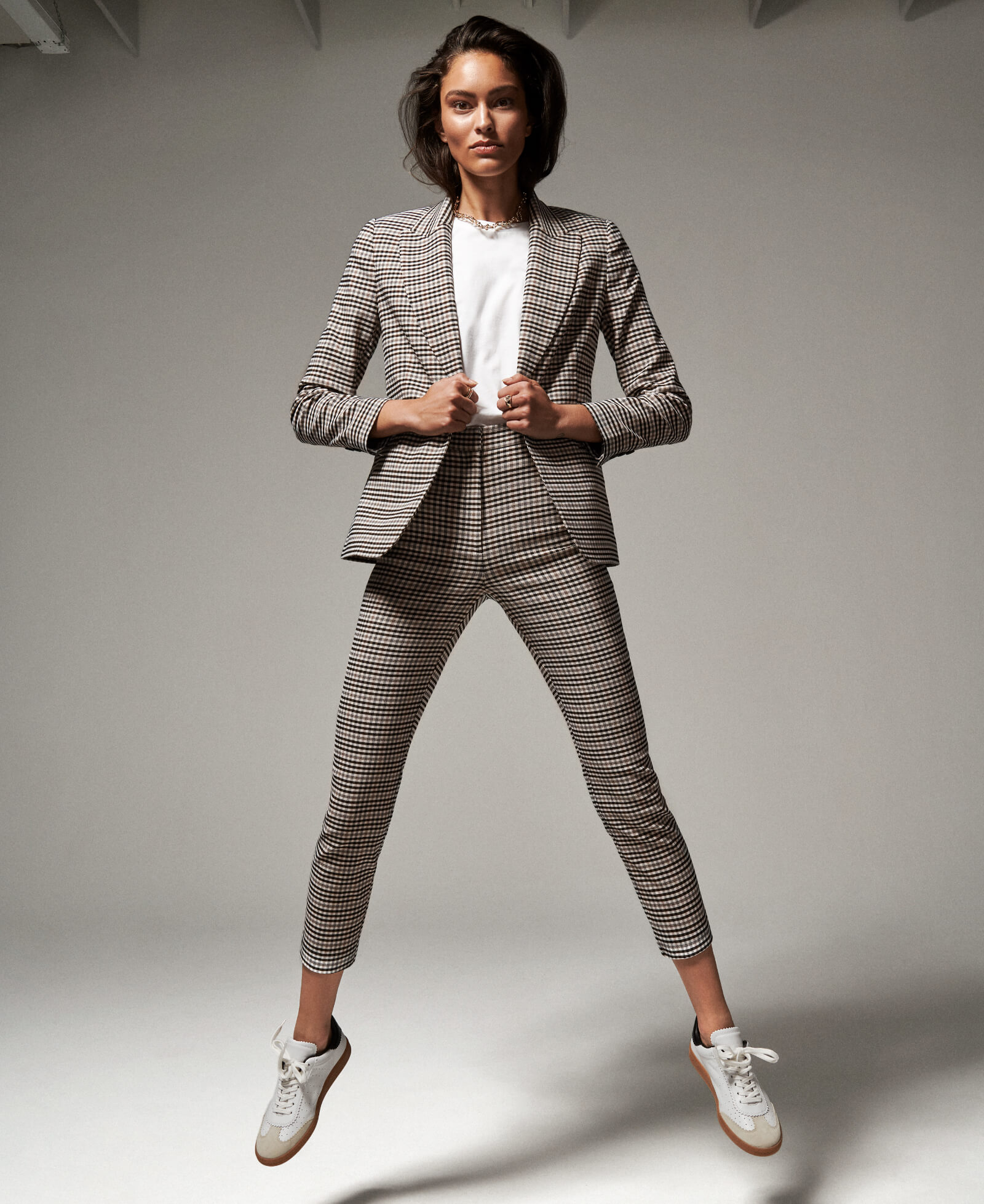 DYNAMIC SUITING